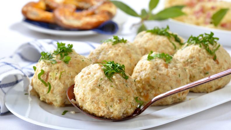 Semmelknoedel bread dumpling