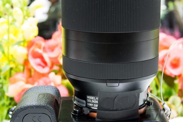 Sony 24–240mm – Bottom View