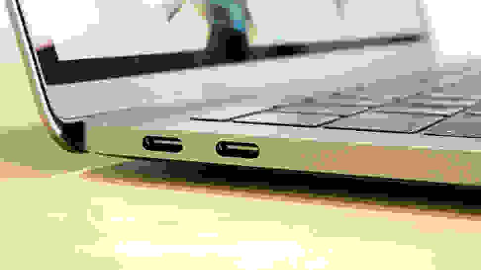 Apple MacBook Pro Thunderbolt 3 Ports