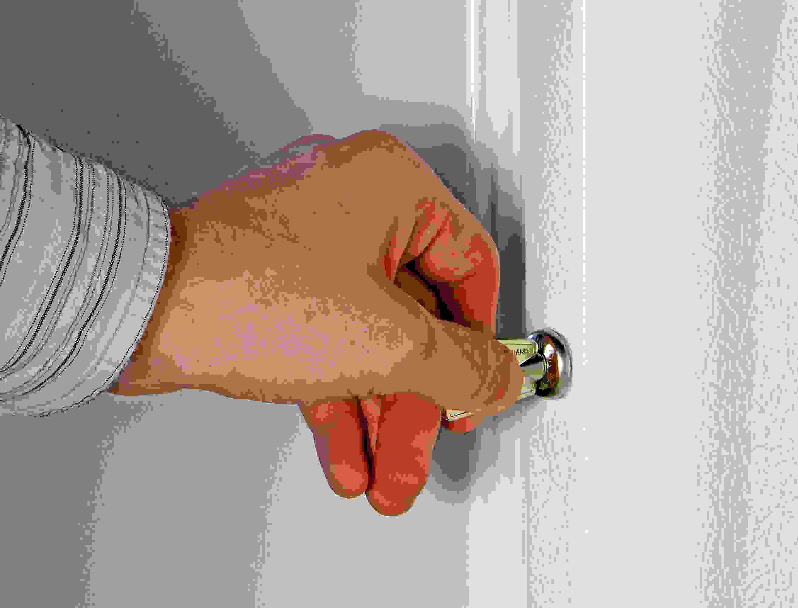 The GE FUF14SVRWW's door lock keeps your food secure inside the freezer.