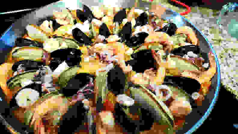 Paella recipe - arrange the seafood