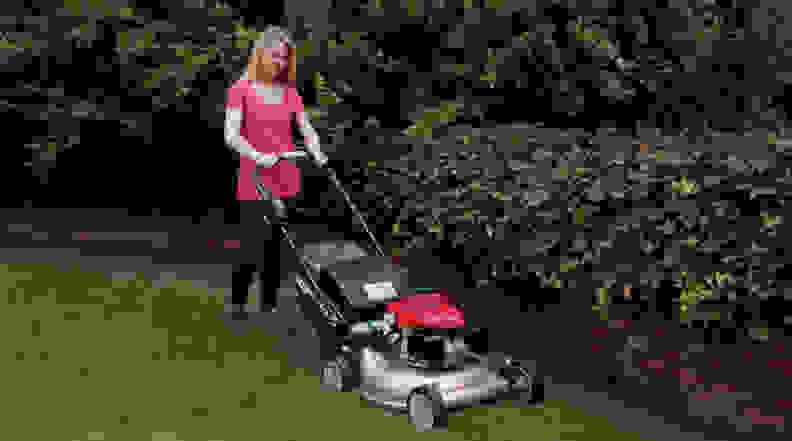 Honda HRR2169VLA self-propelled mower