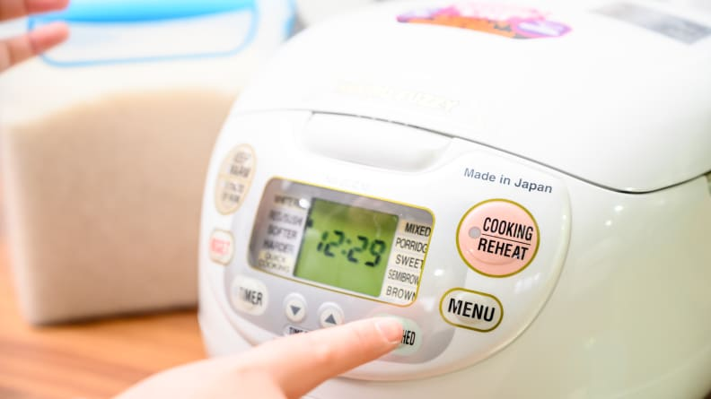 how do rice cookers work