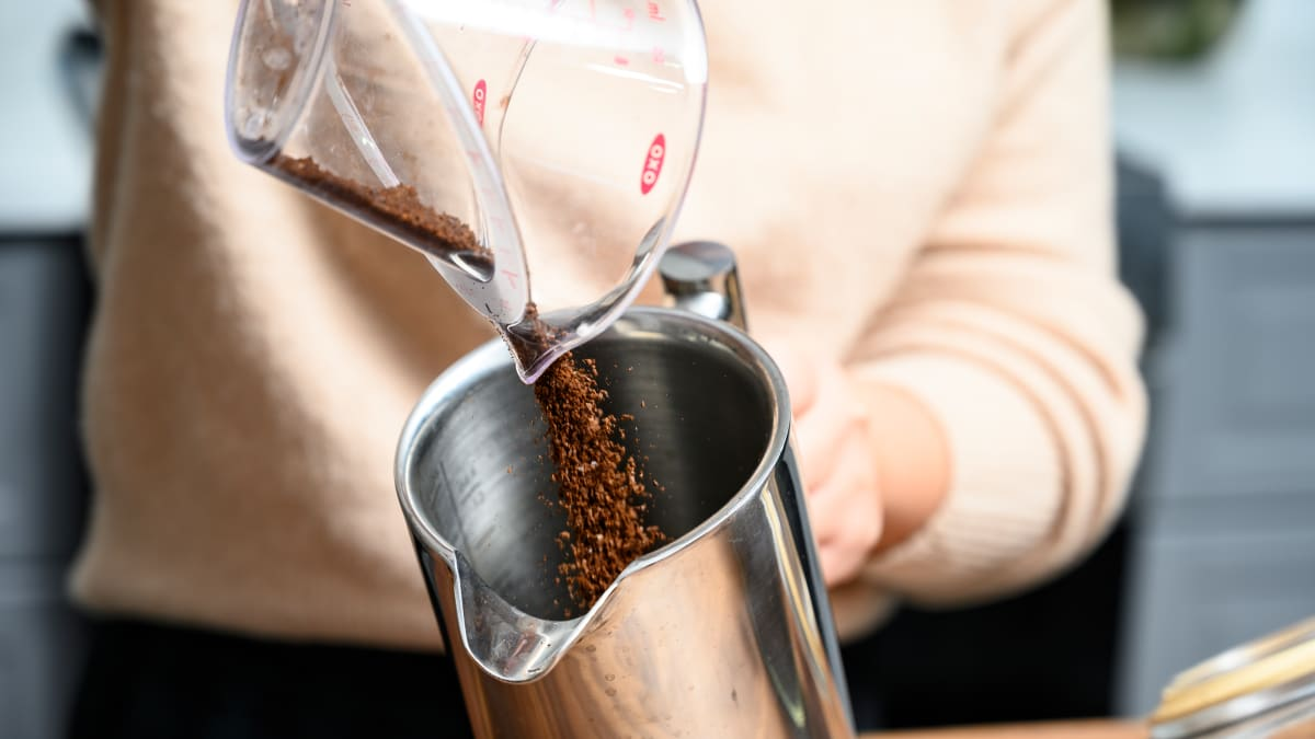 Here's how to use a French press to make coffee