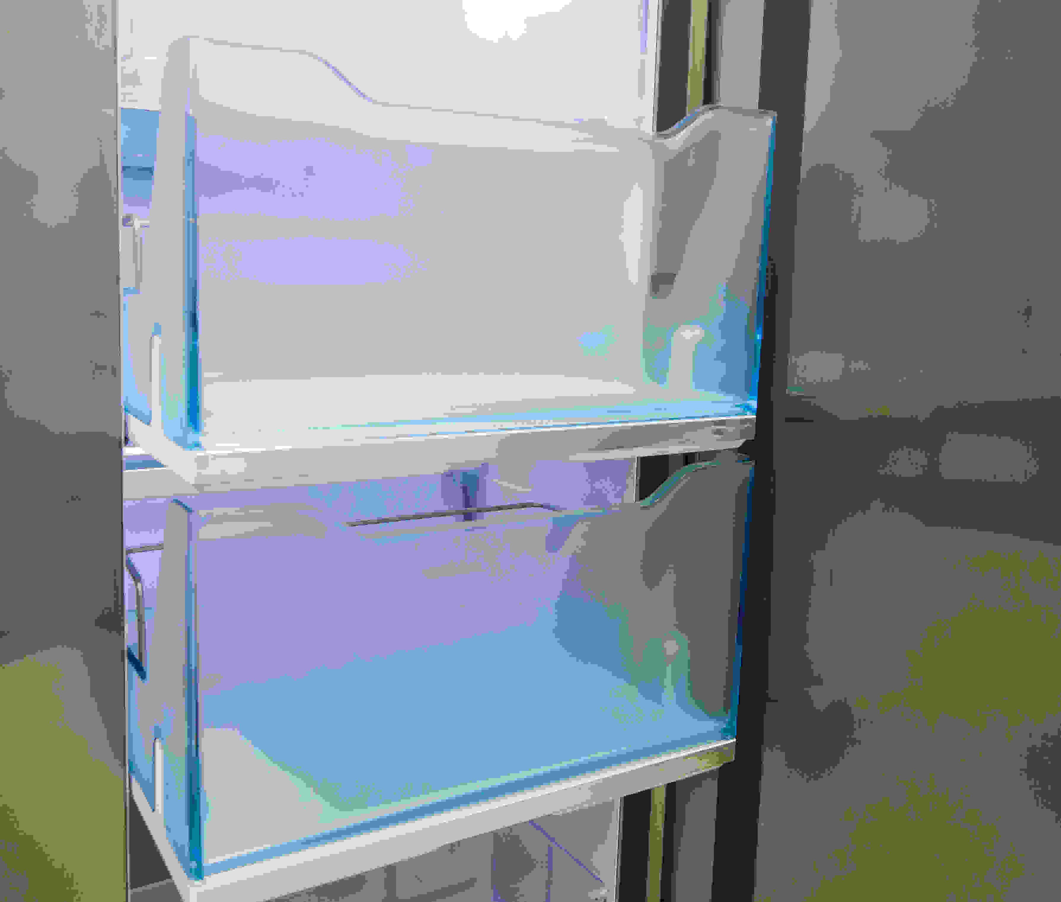 The Samsung RH29H9000SR Food Showcase's lower door-in-door buckets slide out like drawers.