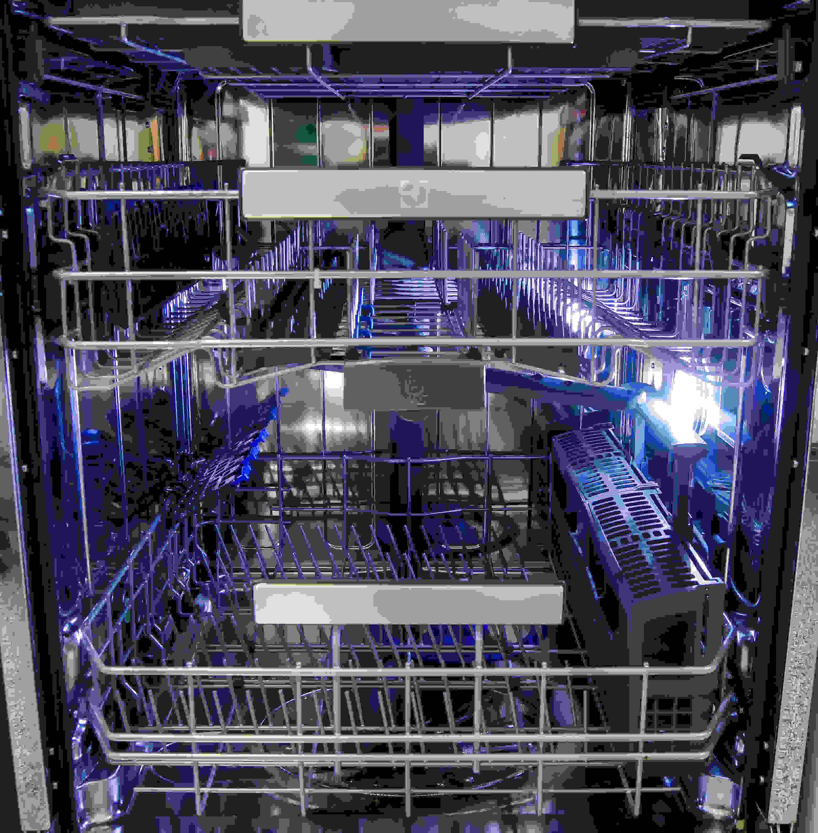 Electrolux EI24ID50QS interior