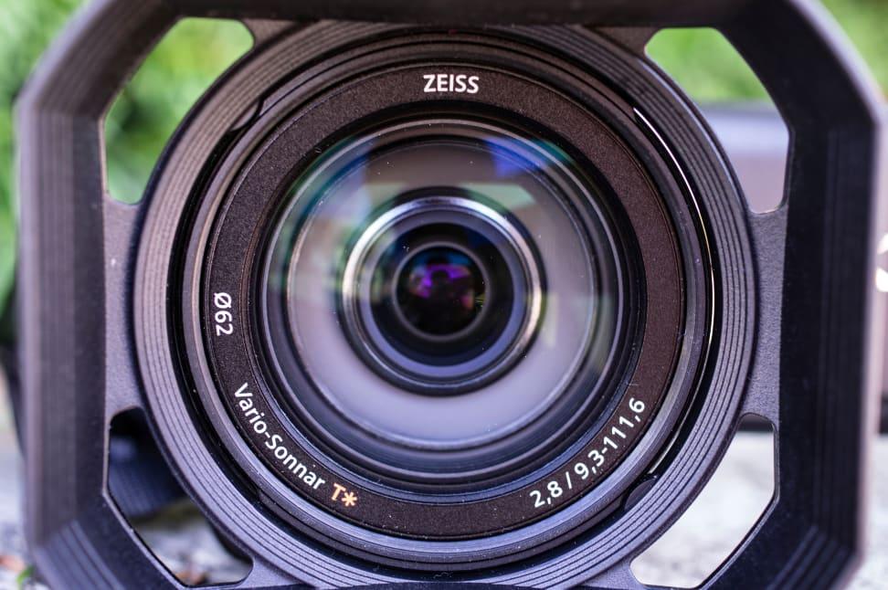 sony-ax100-lens.jpg