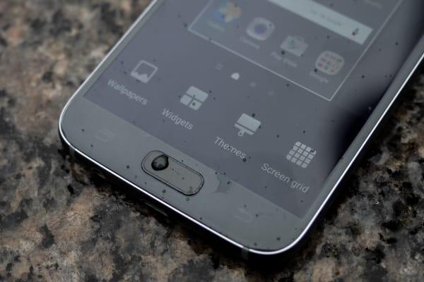 Samsung Galaxy S7 home button